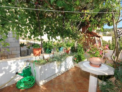 Photo for One bedroom apartment with air-conditioning Povlja, Brač (A-5644-a)