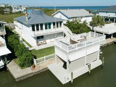 Maison Blanche de Lafitte - Sunset Bay Views & Stunning Waterfront Location!
