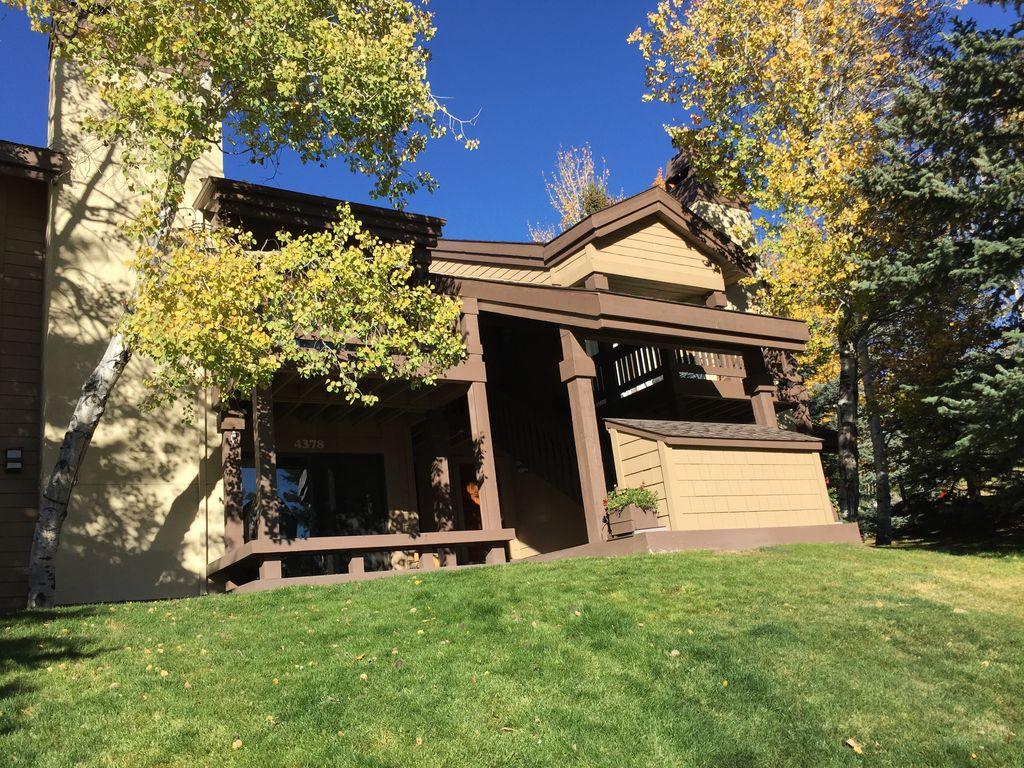 Sun Valley Condo Super Clean And Well Appointed 2 Br Vacation Condo For Rent In Elkhorn