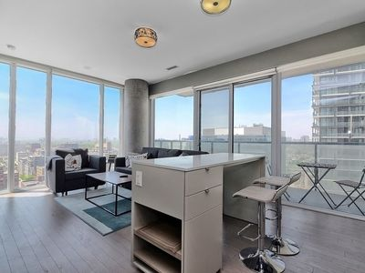 Photo for Premium 2BR+2BA King Bed - steps from CN Tower / Downtown / TIFF