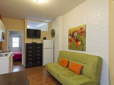Upper East Side - MEETS MIDTOWN - OUTDOOR DECK - Large 1 Bed 1 Bath - SEE NOW