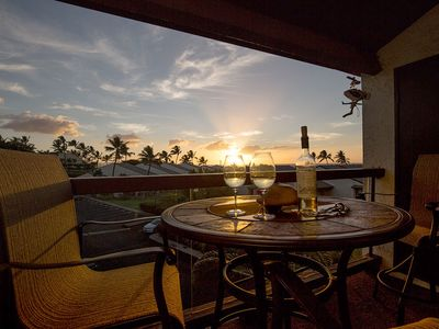 Photo for #326 Third floor condo, easy access to best beach on Maui!