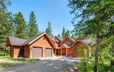 Photo for Luxury Home in the Heart of Suncadia.  Fire Pit, BBQ, and Full Resort Access!