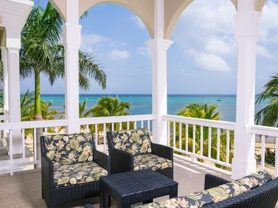 Photo for Beachfront luxury with private Rooftop Pool in private Community