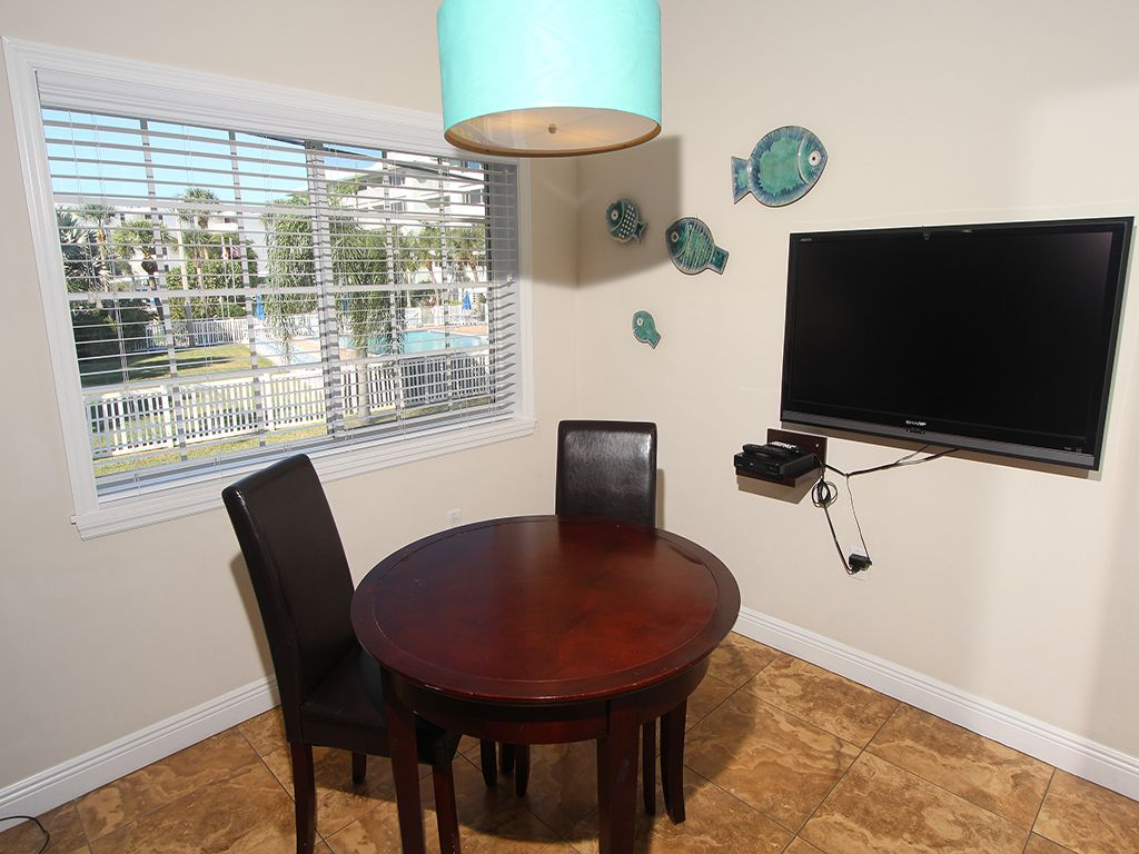 The Beach Club at Siesta Key #100A: STUDIO / 1 BA Resort on Siesta Key by RVA, Sleeps 2