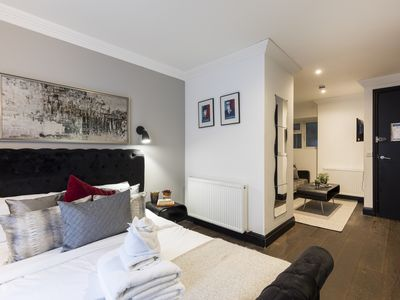 Photo for Chic, King-size Studio apt w/Patio in Notting Hill