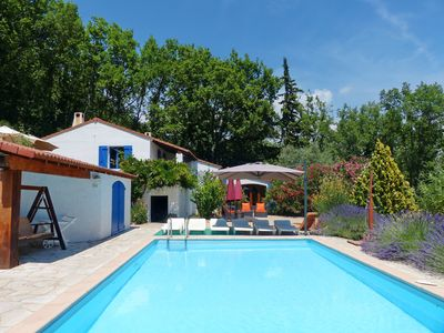 Photo for Cosy and spacious house in arboreous surrounding. Pool. Ideal for two families.
