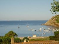 The property was exactly as described and utterly charming, and 5 minutes from the beach.