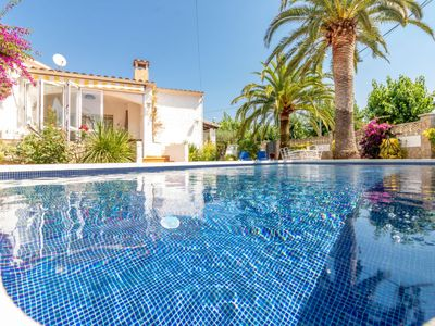 Photo for Vacation home Pení 4B  in Empuriabrava, Costa Brava - 6 persons, 3 bedrooms