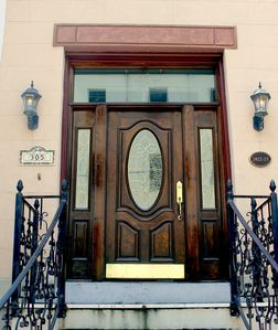 Photo for Isaiah Davenport-built Historic Row House, Near River St, Sleeps 14