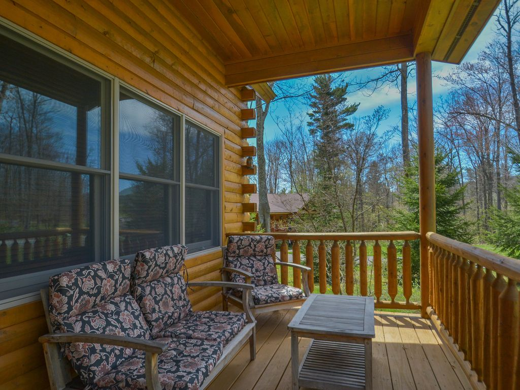 #64410F  Elegant & Stylish 3 Bedroom Log Cabin With Bubbling Outdoor Hot Tub with 1024x768 px of Brand New 3 Bedroom Log Cabins 7681024 pic @ avoidforclosure.info