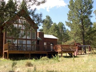 Mountain Home, Wheeler Peak Views, 1.5 Miles from Slopes, Easily Accessible!