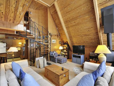 Photo for Wildwood Cabin, private hot tub - ideal location, year-round activities! North Lake, Carnelian Bay