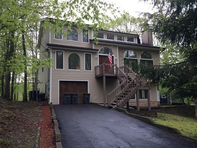 4BR/4BA Lakefront House with Hot SAUNA & Wood burning Fireplace!