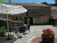 A relaxing holiday in a comfortable and peaceful surroundings