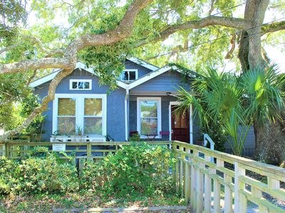 The Bungalow in Old Town Bay St.Louis - Call us about last minute specials