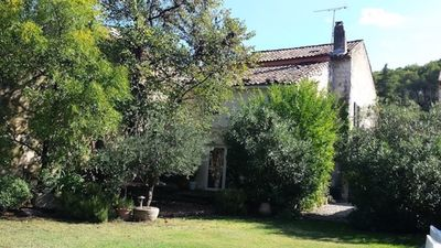 Photo for Charming village house and swimming pool 10 minutes from Avignon