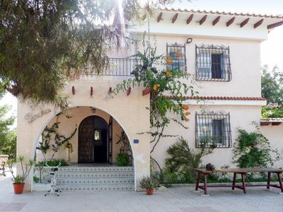 Photo for Cosy apartment for 8 people with private pool, TV, balcony, pets allowed and parking