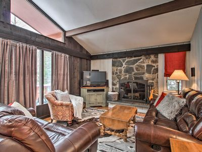 Photo for NEW! Stratton Mountain Family Chalet-Walk to Lifts
