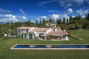 LUXURIOUS & COMFOTYABLE VILLA IN MOUGINS