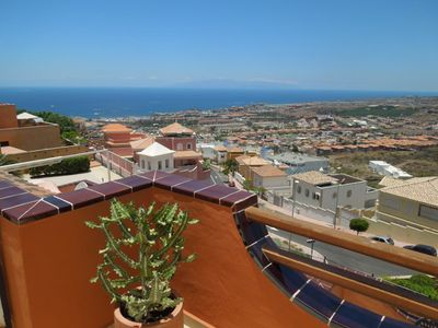 Photo for Exklus. Apartment Casa Oceano with pool and stunning sea views over the coast
