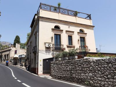Photo for Independent house in Taormina