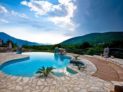 Photo for Charming villa with great mountains view, 80m private pool, 6 en suite bedrooms