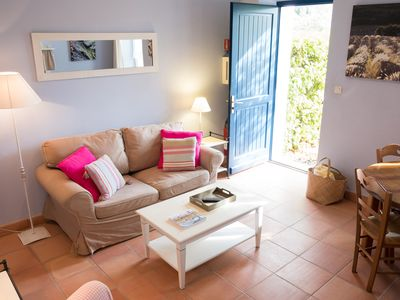 """Photo for """"Roussanne""""  Charming self catering Cottages  on wine estate with heated pool"""