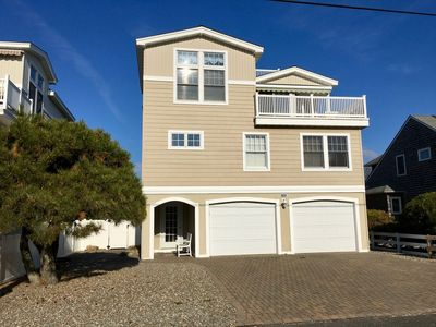 Photo for 4 Bed, 3 Bath Oceanside Home,  Incredible Outdoor Kitchen & Entertainment Area
