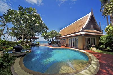Golden Sunset Villa Beach Front Na Chom Thian