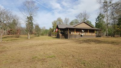 Photo for Luxury cabin on the Little Missouri River, boasting ten acres of manicured yard