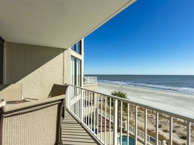 Luxurious Oceanfront  Condo with Free Water Park, Aquarium, Golf & More Every Day! OOP309