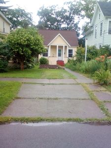 Small house, walking distance from SUNY or downtown Cortland