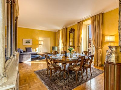 Photo for Spacious Babuino Steps apartment in Piazza di Spagna South with WiFi, air conditioning & lift.
