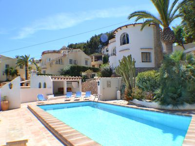 Photo for Typically Spanish private 3 bed 3 bathroom villa with private pool and air con