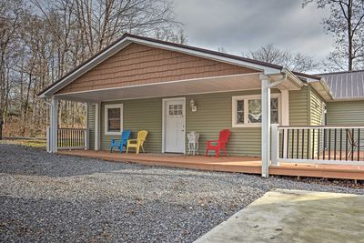 The vacation rental features 4 bedrooms and 2.5 bathrooms, great for 11 guests.