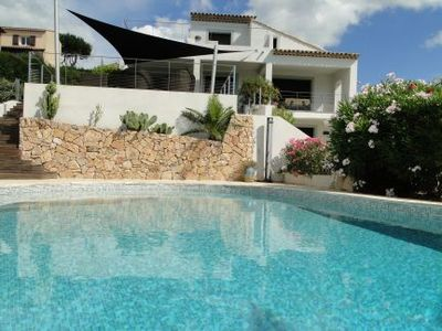 Photo for Wonderful Villa, Walking Distance To The Beach, Heated Swimming Pool