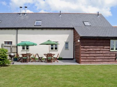 Photo for 4 bedroom property in Shaftesbury. Pet friendly.
