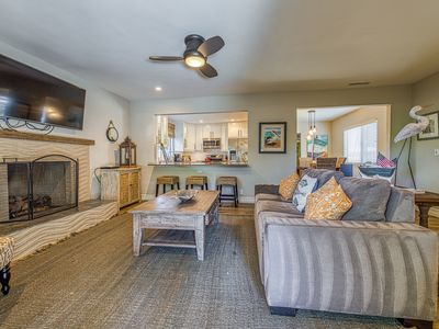 Photo for Remodeled coastal retreat with updated kitchen, walk to beach!