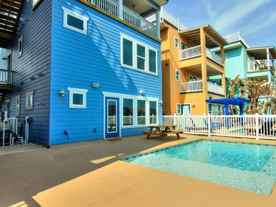 Photo for Fabulous 8 bedroom 8 bath home! Private Pool! 2 minutes to the beach!