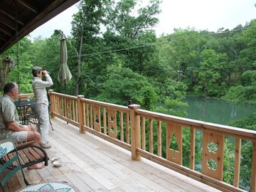 The Perch At Lake Lucerne  Log Cabin Couples Getaway In Eureka Springs