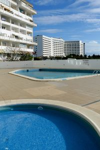 Photo for T1 Montechoro Albufeira w / Pool and WI-FI