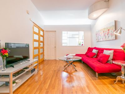 Photo for Charming & Clean 2 BDRM Downtown Victorian Duplex nr Eaton Ctr, Queen St subway