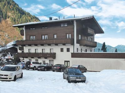 Photo for 5 bedroom Apartment, sleeps 10 in Mayrhofen with WiFi