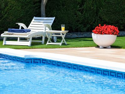 Photo for DELFIN - INTIMATE and RENOVATED - House for 8 people with private garden, pool and BBQ at 15 min. from Barcelona