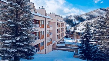 *Presidents Week~Close to Slopes~Marriott Streamside(Douglas)~Free Covered Parkg