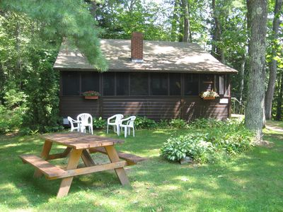 Cozy 2 bedroom, sleeps 6, washer/dryer