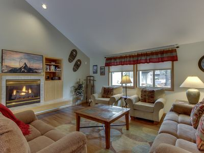 Photo for Comfy home w/ private hot tub, shared pool, large backyard, & SHARC passes