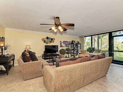 Photo for Relaxing Bayside - 314  1st fl Canal View, Free Wi-Fi, Central A/C, Beach Access