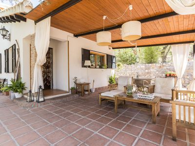Photo for Charming andalucian cottage with pool and free wifi